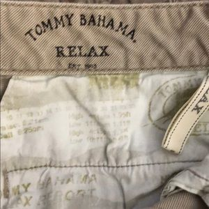 Tommy Bahama cargo shorts